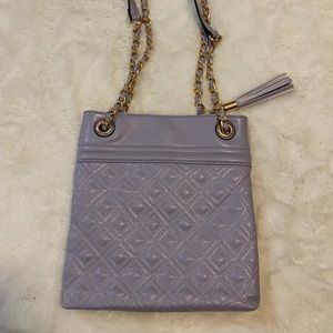 Bags - NWOT Purple quilted fashion bag with chain strap